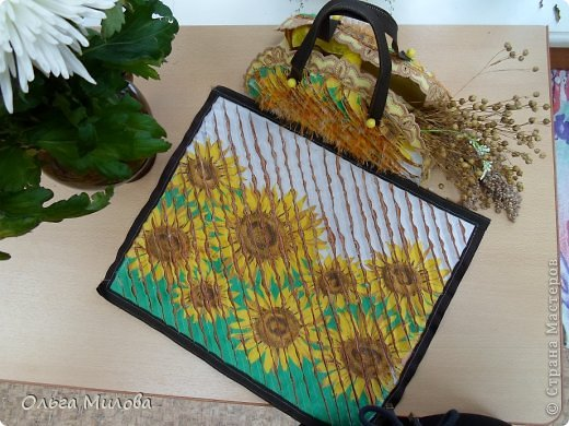 Декоративная сумочка и салфетка в технике синель... фото 6