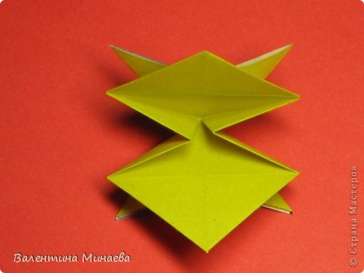 Кусудама Магнит (Magnet)  автор - Валентина Минаева (Valentina Minayeva) 30 модулей размер бумаги: 10 х 10 см, итог - 12 см без клея, бумагу необходимо брать ПЛОТНУЮ, которая хорошо держит складку! фото 19
