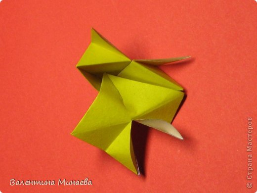 Кусудама Магнит (Magnet)  автор - Валентина Минаева (Valentina Minayeva) 30 модулей размер бумаги: 10 х 10 см, итог - 12 см без клея, бумагу необходимо брать ПЛОТНУЮ, которая хорошо держит складку! фото 22