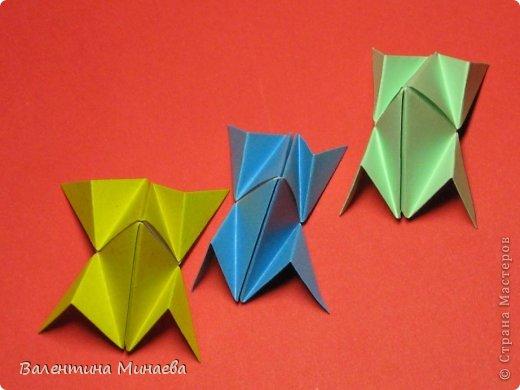 Кусудама Магнит (Magnet)  автор - Валентина Минаева (Valentina Minayeva) 30 модулей размер бумаги: 10 х 10 см, итог - 12 см без клея, бумагу необходимо брать ПЛОТНУЮ, которая хорошо держит складку! фото 25