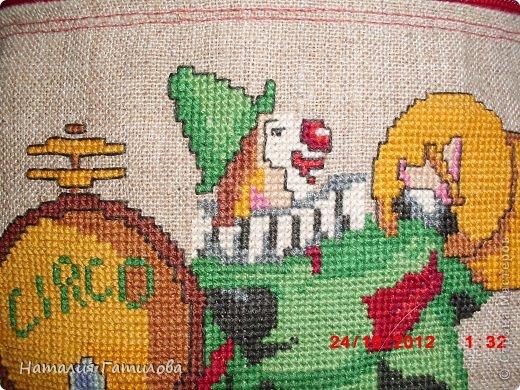 Как-то давно шила и вышивала сыну в детский сад такой вот мешочек для пижамки. фото 7