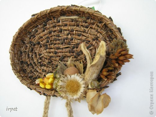 Работы выполнены в технике плетение сосновой иглой, как это делается - рассказать не могу, т.к. секрет))) Приятного просмотра!!! фото 17