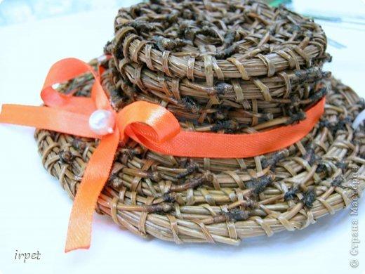 Работы выполнены в технике плетение сосновой иглой, как это делается - рассказать не могу, т.к. секрет))) Приятного просмотра!!! фото 27