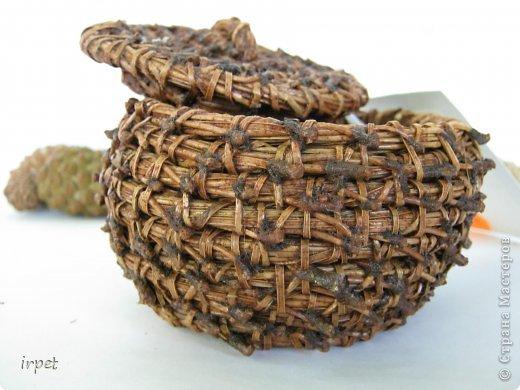 Работы выполнены в технике плетение сосновой иглой, как это делается - рассказать не могу, т.к. секрет))) Приятного просмотра!!! фото 47