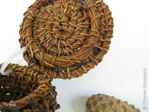 Работы выполнены в технике плетение сосновой иглой, как это делается - рассказать не могу, т.к. секрет))) Приятного просмотра!!! фото 49