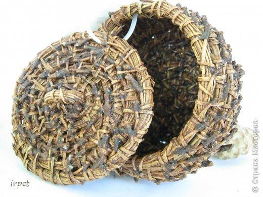 Работы выполнены в технике плетение сосновой иглой, как это делается - рассказать не могу, т.к. секрет))) Приятного просмотра!!! фото 50