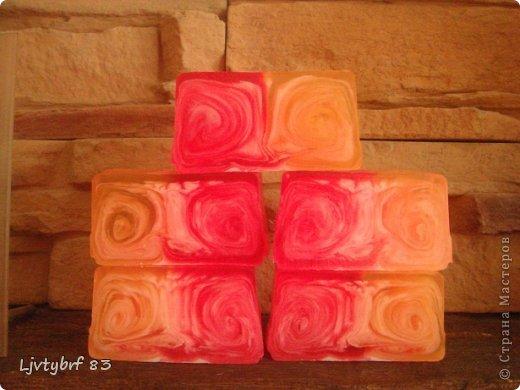 Мыло с маслом виноградных косточек, витамином А и ароматом киви.  фото 6