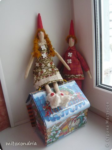 Сегодня у меня появились на свет новые Тильды- это новогодние подарки для моих коллег. фото 3