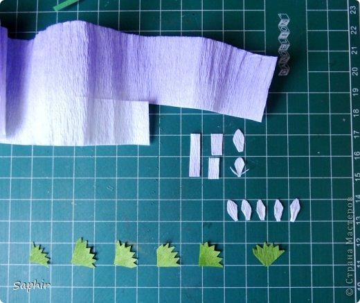 Маленькие цветочки из  бумаги Кристал.  фото 4