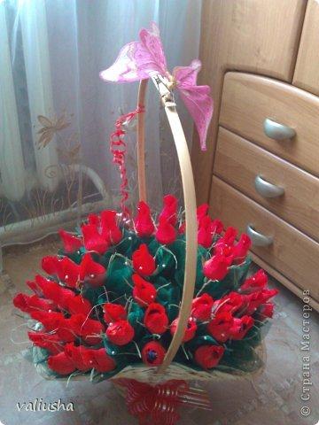 Букет роз из бумаги с конфетами своими