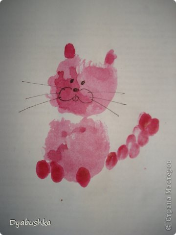Доброго времени суток! выставляю рисунки ладошками. Очень долго искала в интернете образцы рисунков по этой технике, к сожалению мало что нашла .. . в итоге пришлось фантазировать. Дочке очень нравились такие занятия рисованием. Приходилось по три-четыре раза в день с ней рисовать. Петушок-золотой гребешок фото 13