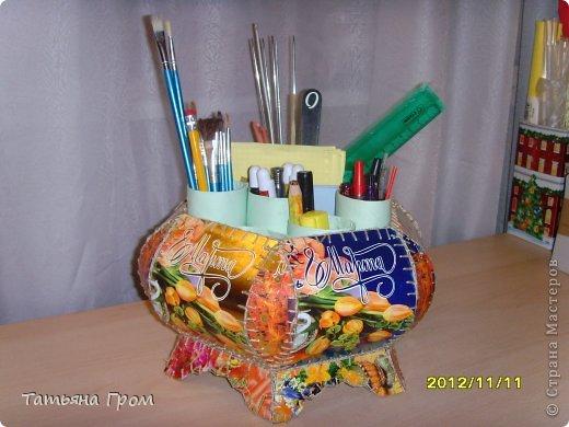 Подставка для карандашей из трубочек от туалетной бумаги фото 6