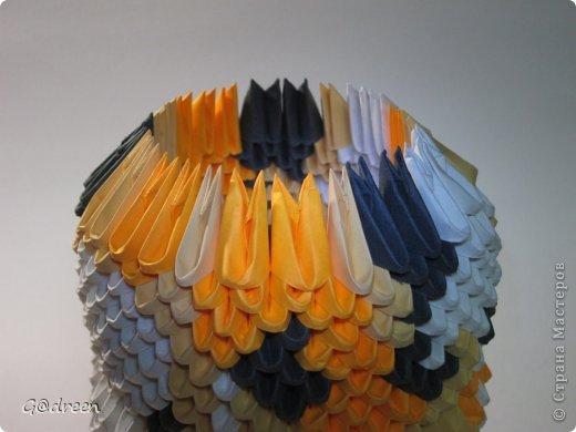 Наконец я выделила свободное время и заняла его непосредственно изготовлением этой Кисули. Это мой первый мастер-класс и я надеюсь что он будет понятен даже новичкам в искусстве модульного оригами. фото 19