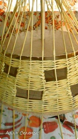 Мастер-класс Поделка изделие Плетение Абажур на заказ Бумага газетная Клей Краска Трубочки бумажные фото 6.