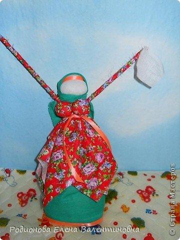 """Это кукла """"Девка  - Баба"""". Кукла готовила девочку к взрослой жизни, показывая, что не всегда жизнь будет беспечной. Кукла Девка - Баба представляет собой куклу - перевертыш. (Сторона """"Девка"""") фото 13"""