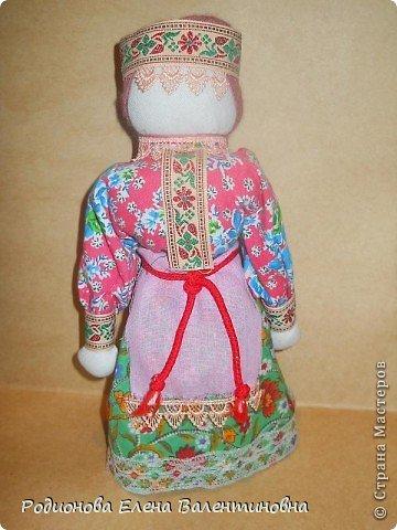 """Это кукла """"Девка  - Баба"""". Кукла готовила девочку к взрослой жизни, показывая, что не всегда жизнь будет беспечной. Кукла Девка - Баба представляет собой куклу - перевертыш. (Сторона """"Девка"""") фото 22"""