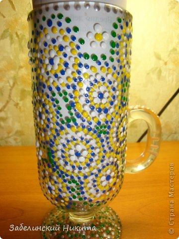 Роспись бокала для глинтвейна в технике point-to-point акриловыми контурами по стеклу и керамике. фото 1