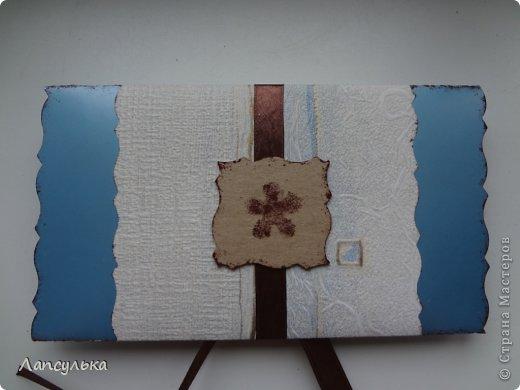 Всем доброго дня! представляю вашему вниманию конверт для денежного подарка! делала на  заказ задача стояла такая: не громоздко, девушке на 30 лет, любит голубой цвет...вот что получилось: фото 3
