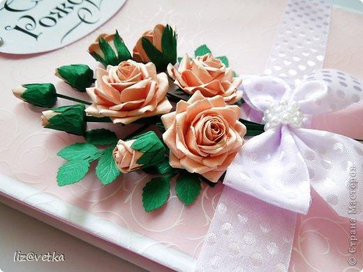 Всем привет! Хочу показать вам коробочку для небольшого подарка. Идею я взяла у Астории http://astoriaflowers.blogspot.com/ , за что ей огромное спасибо! Розочки делала по ее МК и стиль оформления переняла из одной ее открытки.  фото 3