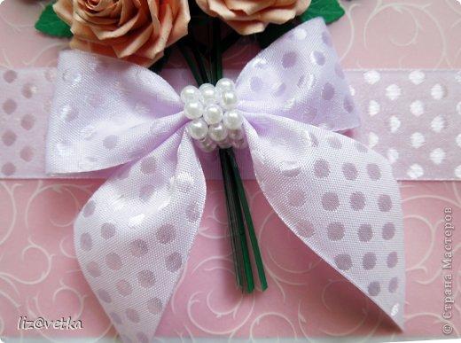 Всем привет! Хочу показать вам коробочку для небольшого подарка. Идею я взяла у Астории http://astoriaflowers.blogspot.com/ , за что ей огромное спасибо! Розочки делала по ее МК и стиль оформления переняла из одной ее открытки.  фото 4