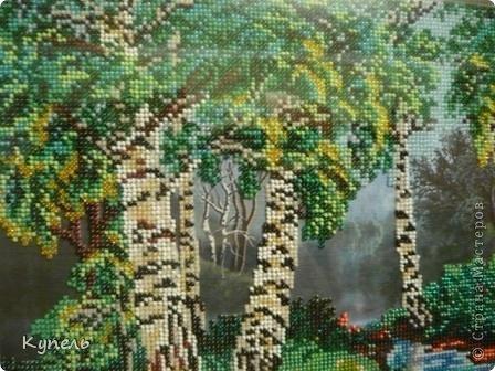 Сегодня у меня вышивка бисером. Вышивала целый месяц.  Теперь у меня две картины с изображением леса, одинаково оформленные. фото 3