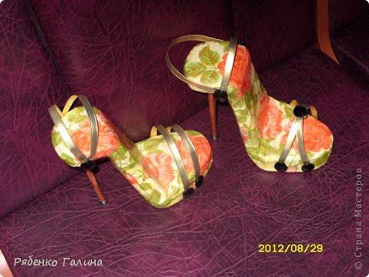 вот собственно туфли, выполнены в технике папье маше+декупаж фото 1