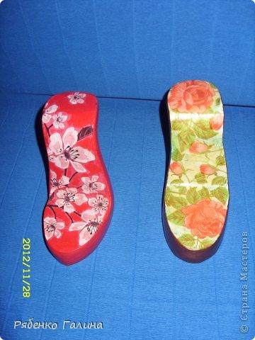 вот собственно туфли, выполнены в технике папье маше+декупаж фото 13
