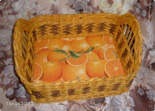 Добрый день всем мастерам и мастерицам! Сплелся у меня такой апельсиновый подносик. Водная морилка: цвет мокко и лиственница+ мокко (получается цвет соломки). фото 1
