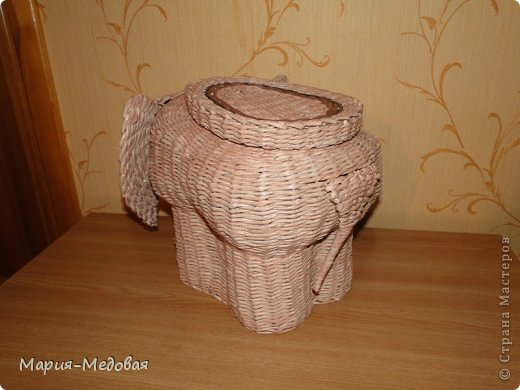 Поделка изделие Плетение Плетёный слоник мини мк Бумага газетная Трубочки бумажные фото 3