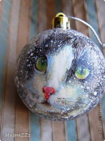 Коты в сугробах. Решила сделать шарики. Новогодних салфеток почти нет. Сочиняла на ходу. фото 14