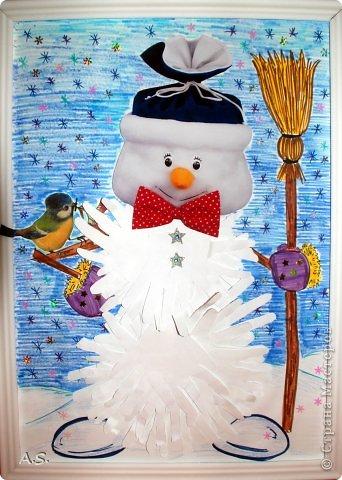 """Готовимся с ребятами к Рождеству. Оформляли выставку в витрине нашего краеведческого музея. Часть работ прошлогодняя, ну и новые, конечно, сделали. Идей было много - не всё успели:))) Это """"Рождественская композиция"""" Никиты, 6 лет фото 5"""