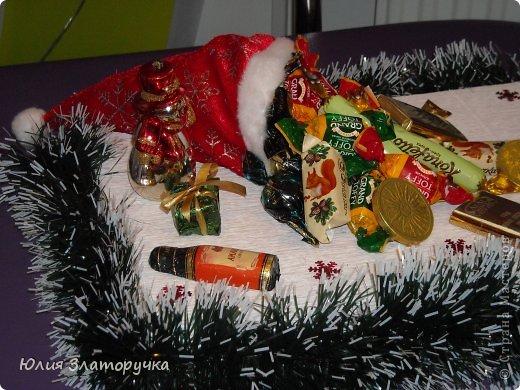 еще родилась одна коробка конфет на Новый год фото 2