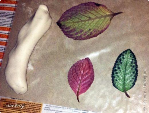 Так выглядят готовые отпечатки листьев на панно. фото 6