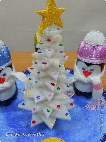 Очень понравились пингвины в интернете (http://vitri.com.ua/archives/9581). Сделала немного по- своему. Вот такая пингвинья компания получилась у меня для племянника в детский сад. фото 2