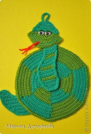 Вязание крючком - Веслая змейка.