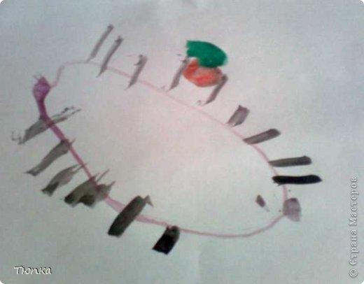 Доброе время суток, всем кто заглянул в гости! Моей дочери 2года 3 месяца. Она очень любит творить и вытворять))))). Вот что у нас получилось. В инете  я нашла и распечатала раскраски для малышей. Дочь рвала цветную бумагу и клеила сама к картинкам. Травка и солнышко- ее идея. фото 4