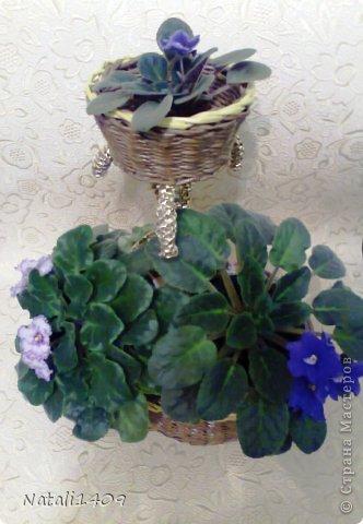 Мастер-класс Поделка изделие Плетение Подставочка под цветы Бумага газетная Металл Трубочки бумажные фото 11