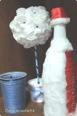 Скоро, скоро Новый Год! Вот и у меня вырос новогодний топиарий с Дедом Морозом в паре! фото 6