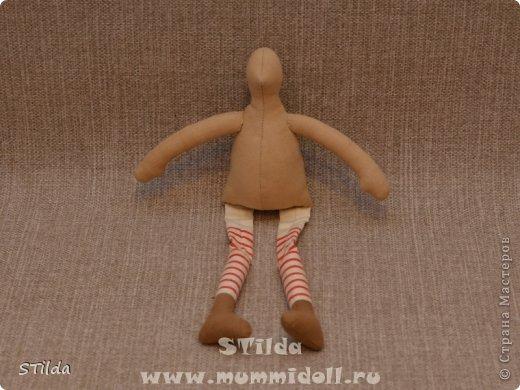 """Мастер-класс по изготовлению куклы тильды - Санта Клауса """"Заграничный Дед Мороз нам подарочки принес...""""  фото 10"""