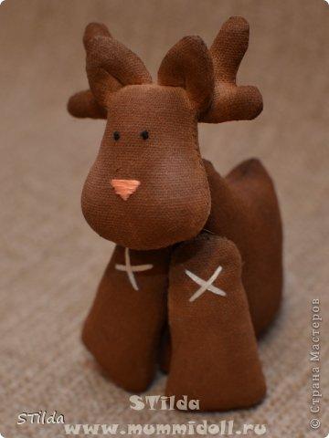 """Мастер-класс по изготовлению куклы тильды - Санта Клауса """"Заграничный Дед Мороз нам подарочки принес...""""  фото 18"""