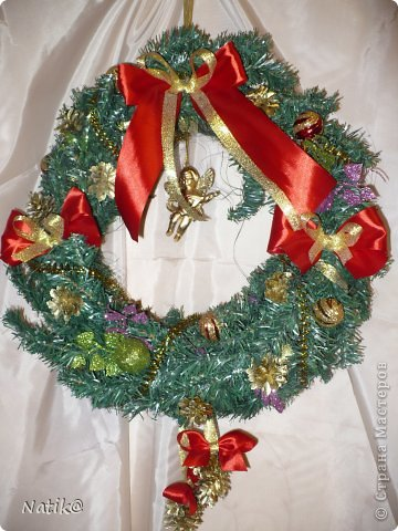 Только на такой веночек у меня хватило времени для себя любимой, хотя и давала МК в своём городе рождественского венка из ели. фото 3
