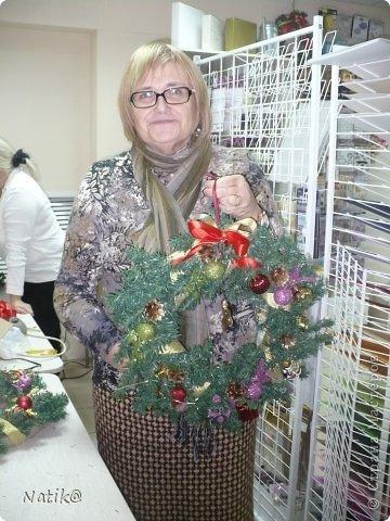 Только на такой веночек у меня хватило времени для себя любимой, хотя и давала МК в своём городе рождественского венка из ели. фото 12