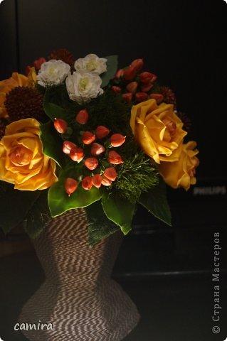 Привет! Букет слеплен из самоварного холодного фарфора.  9 роз, 9 краспедий мк Татьяны Мокко https://stranamasterov.ru/user/89414 , 6 гиперикумов мк Светланы https://stranamasterov.ru/user/49126. ,16 левкоев.   фото 8