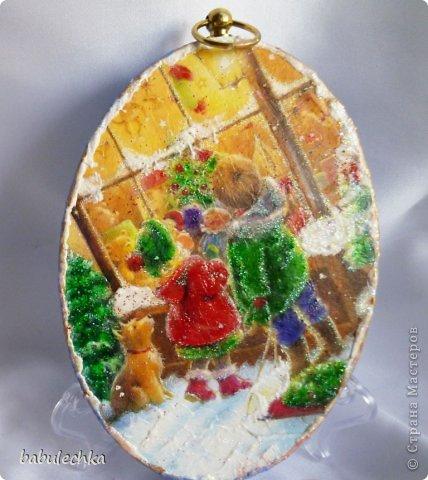 панно овальное .дерево липа  ,название Зимние забавы-игра в снежки. фото 5