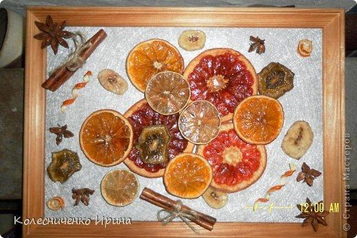 Вот такое панно сделала себе на кухню.... спасибо мастерицам за идею... а так как фруктов оказалось много решила сделать еще подруги и маме.... фото 1