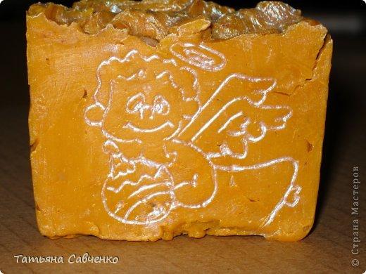 Взбитое ХС. Состав: оливковое, пальмовое, пальмоядровое, кокосовое, масло какао нераф., касторовое, стеариновая кислота.  Эфирные масла можжевельника, розмарина, бергамота зеленого. фото 16