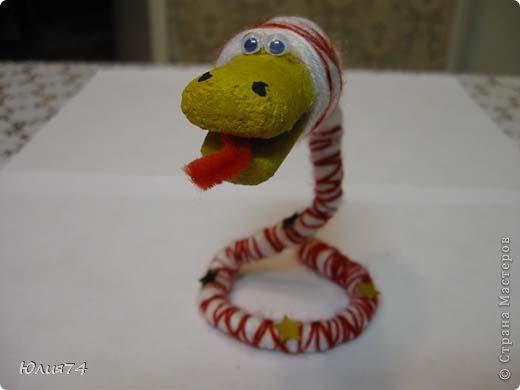 Ну вот наконец-то и я змеюшек сотворила! За идею спасибо Ола-Ола! Фантазия у нее обалденная! Вот увела змейку и себе сделала!  фото 5