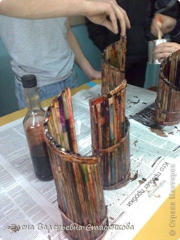 Работа из журнальных трубочек перед покраской. Работа Болотновой Алины 11 класс. фото 2