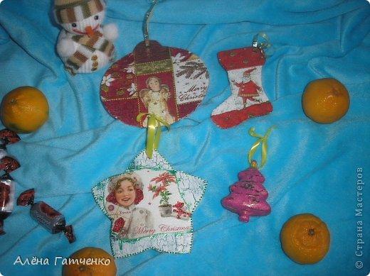 Всем привет! Сделала для нашей ёлочки игрушки. фото 1