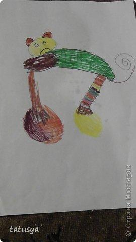 Это кролик его моя дочь только раскрасила.На так называемых уроках рисования.Где за нее все рисуют,а она раскрашивает!!!! фото 9